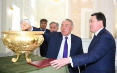 The First President of Kazakhstan visits the new metropolitan mosque