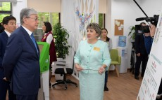 The President of Kazakhstan Kassym-Jomart Tokayev visits Bakytty Otbasy, centre for mothers with many children